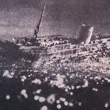 히틀러에 열광한 독일과 구스틀로프호의 침몰